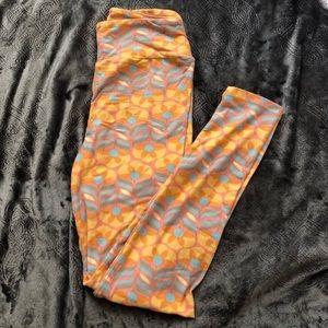 NWOT leggings LuLaRoe orange patterned stretch OS